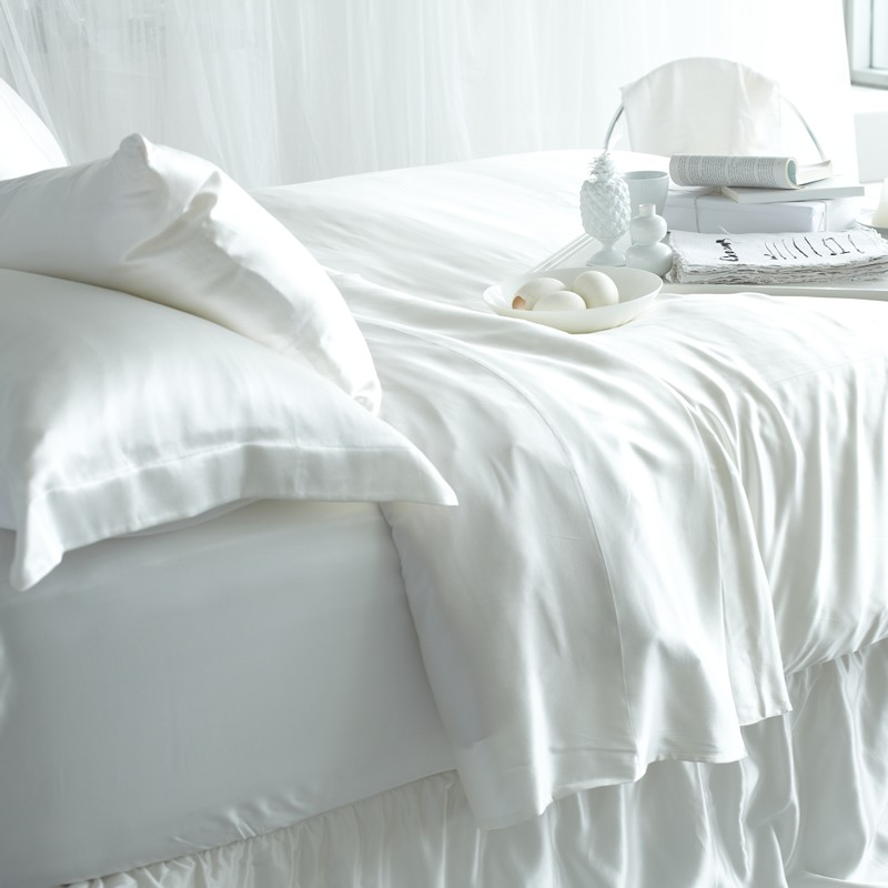 Are Silk Bed Sheets Good