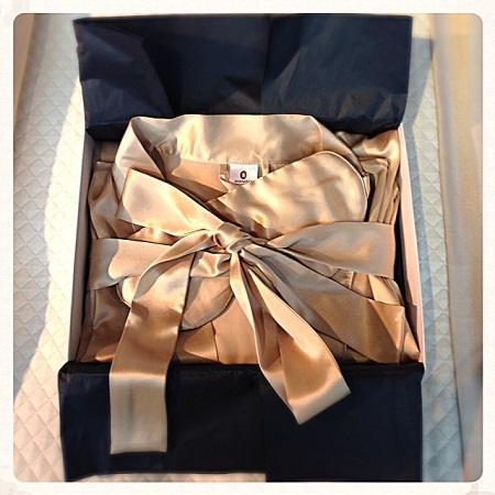 anniversary gifts and silk
